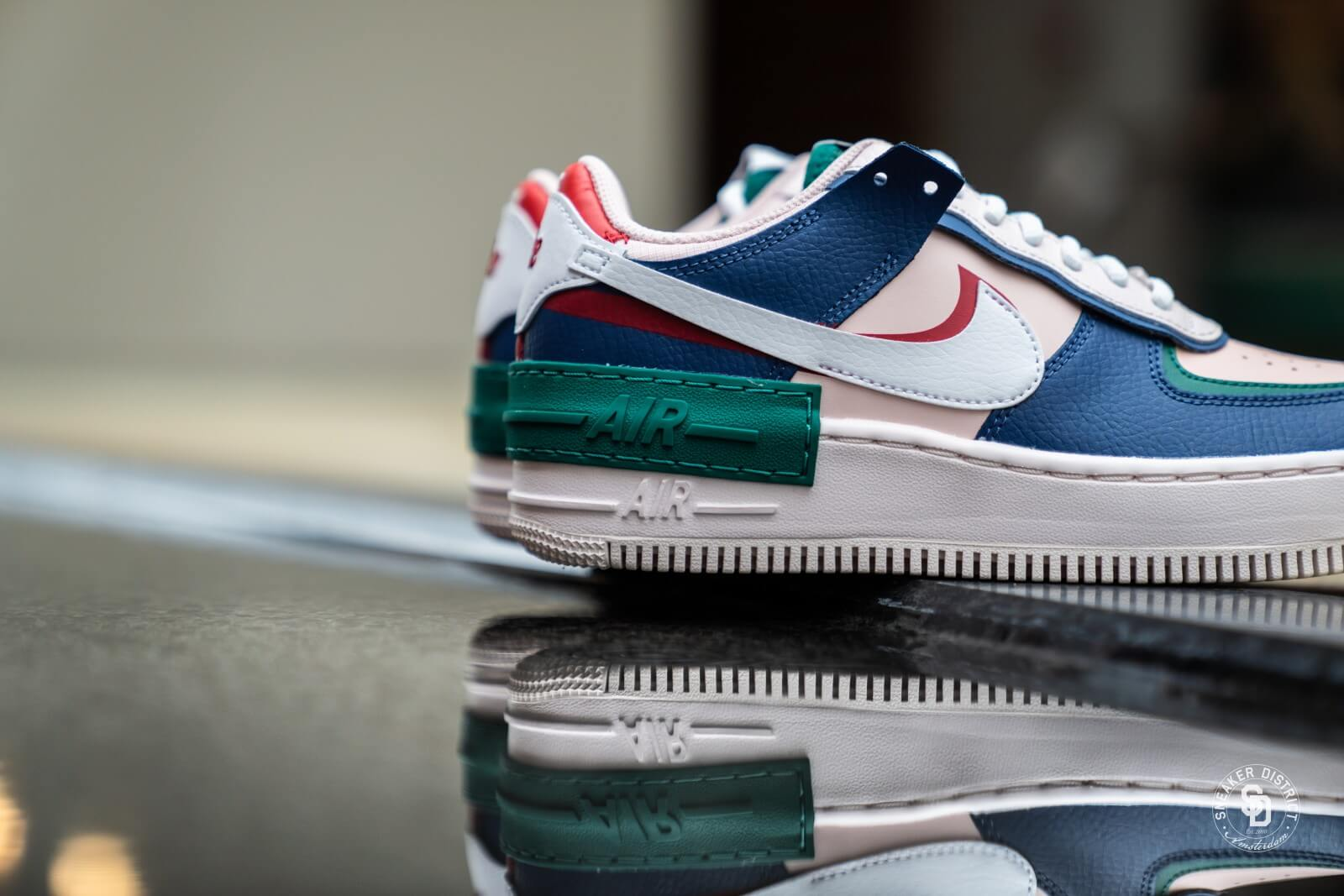 Nike Women S Air Force 1 Shadow Mystic Navy White Echo Pink