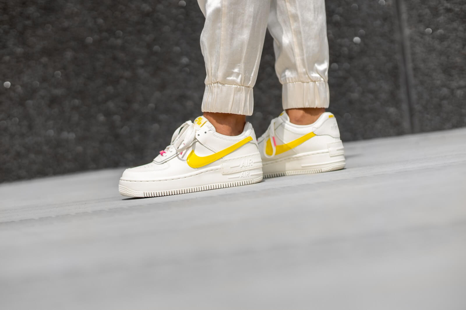 Nike Women S Air Force 1 Shadow Sail Opti Yellow Digital Pink