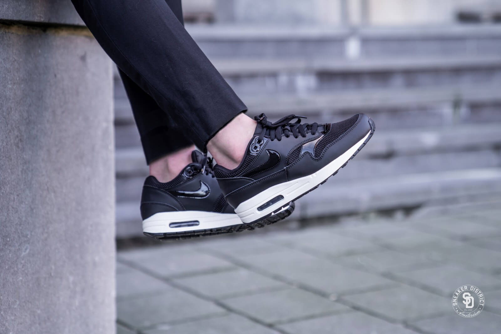 nett Nike Air Max 1 319986 039 Zwart 43 maat 43 billig