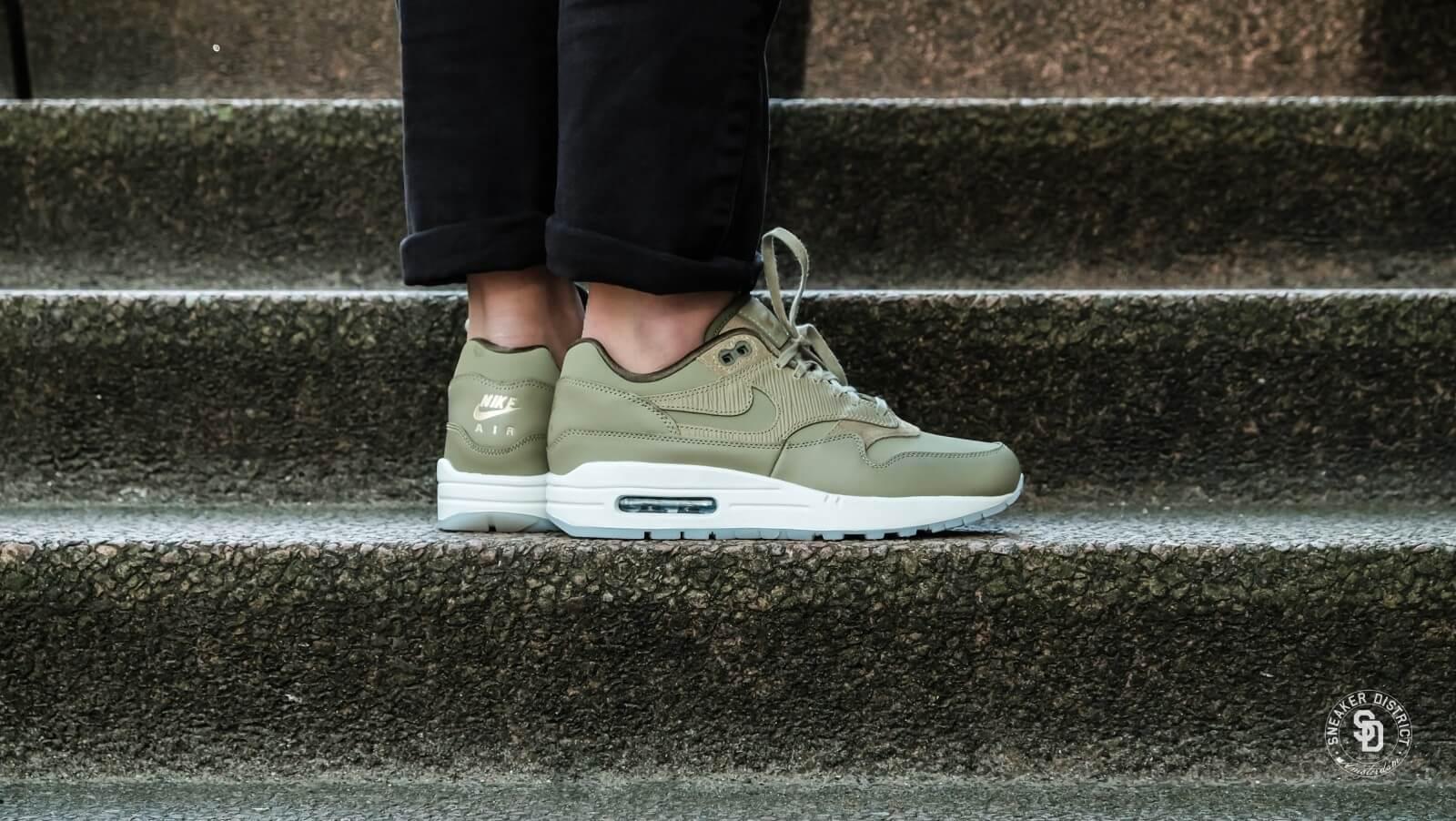 Nike Air Max 1 Premium Neutral OliveMedium Olive Sneakers