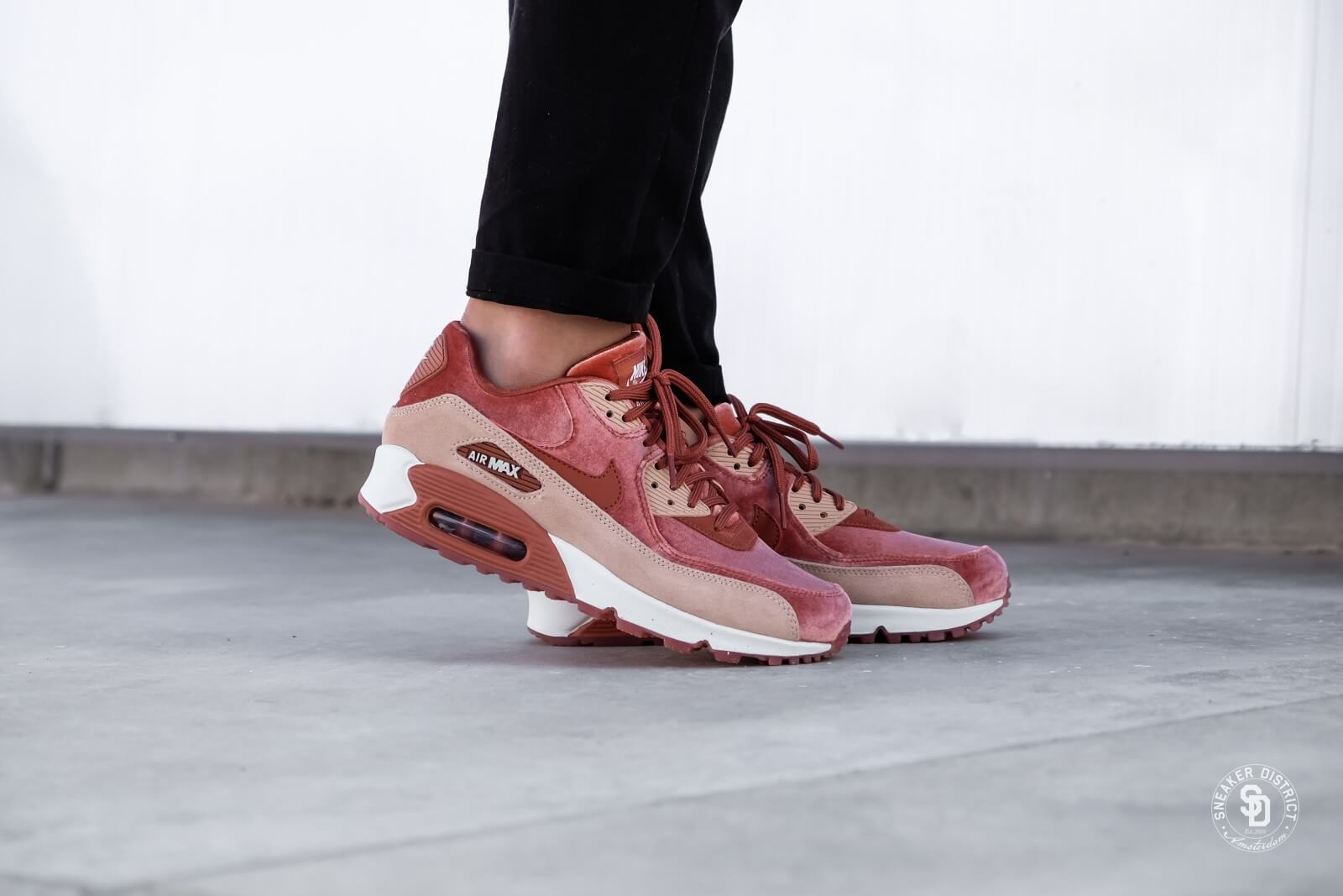 Air Max 90 Lx Velvet And Suede Sneakers