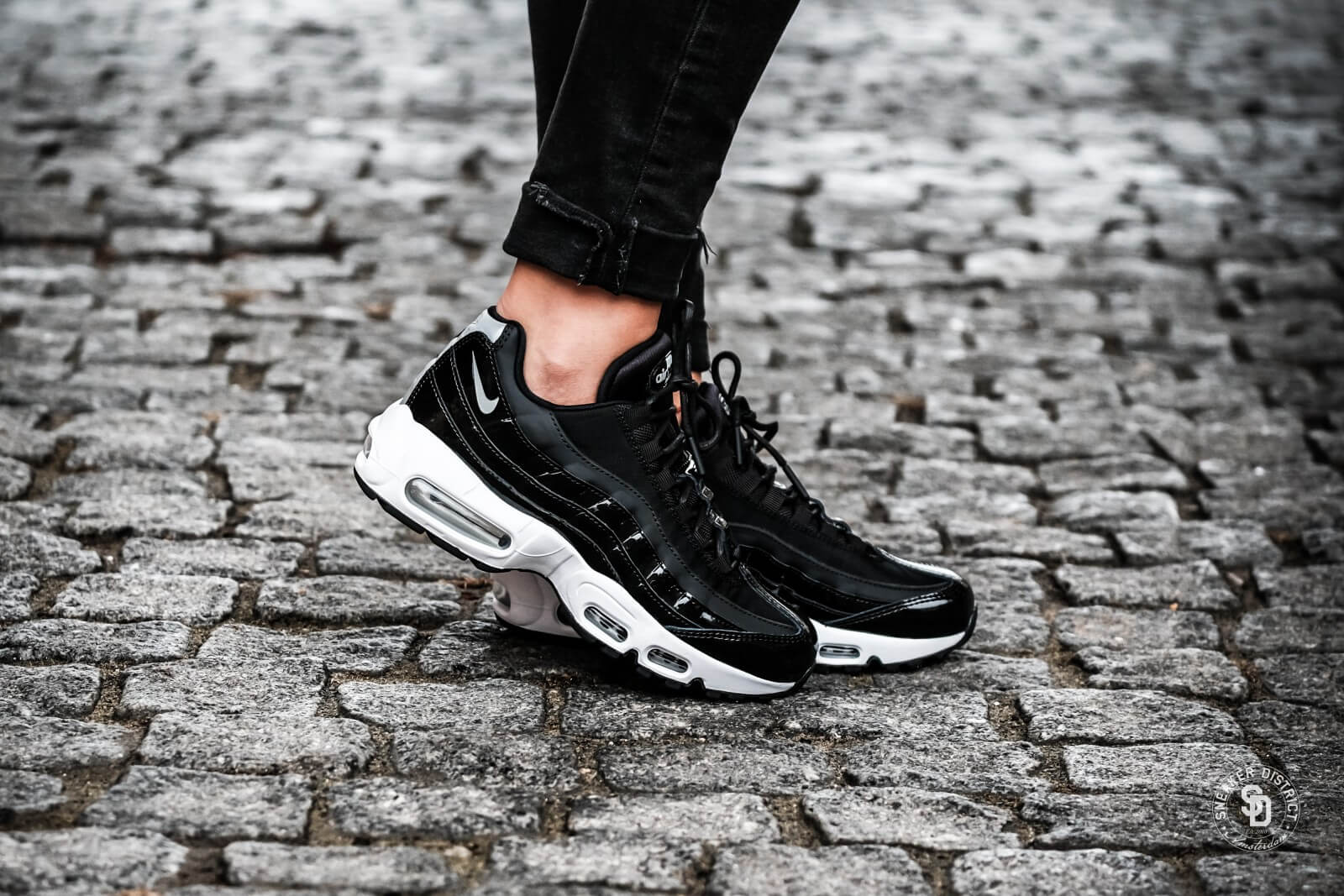 san francisco fdb17 7536b ... reduced nike beautiful x powerful womens air max 95 se premium black  reflect silver cool grey
