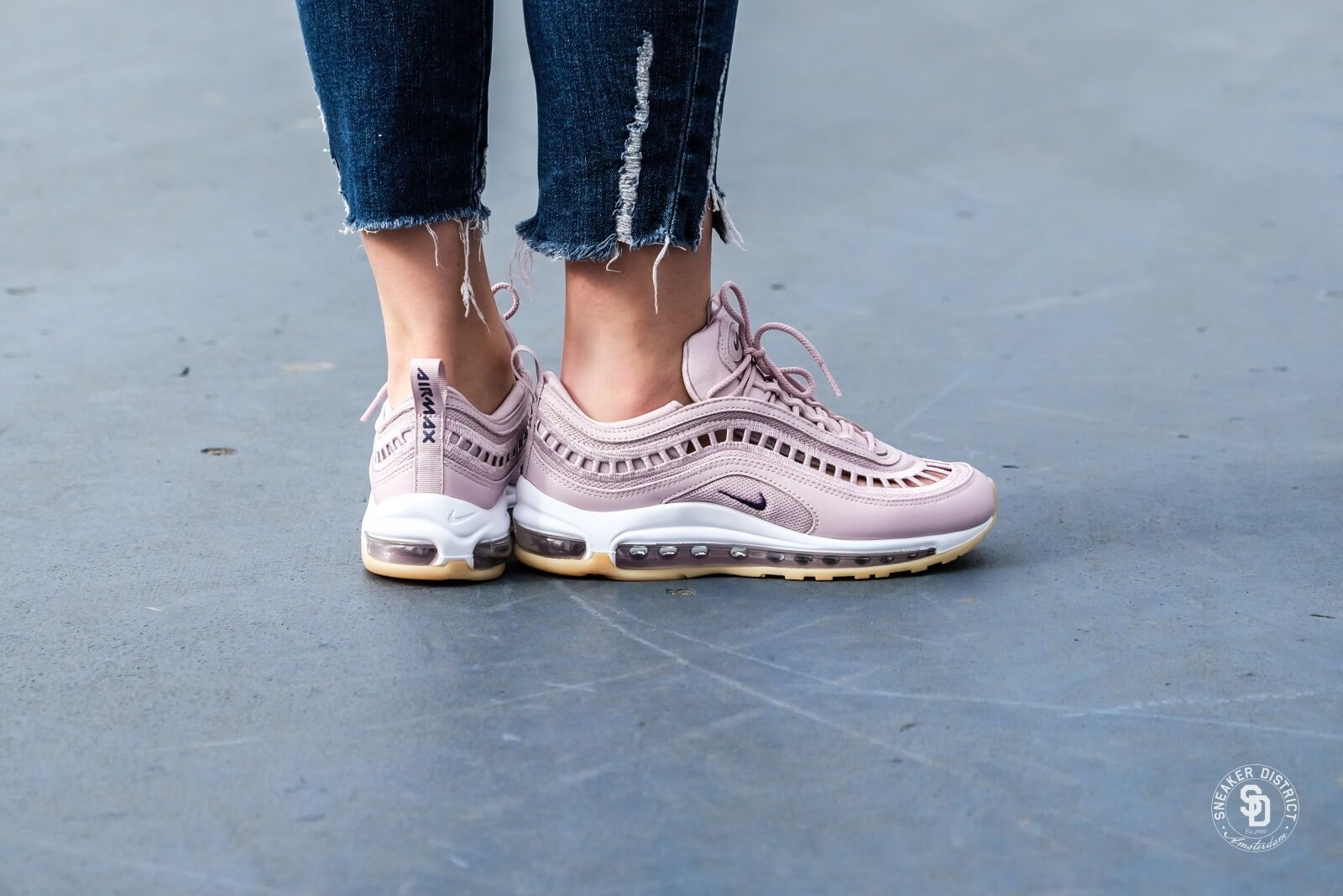 Nike Women s Air Max 97 UL  17 SI Particle Rose Neutral Indigo ... f0ae4af44ea3