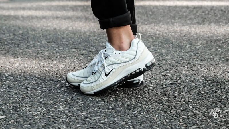 Mens and Womens Nike Air Max 98 White Fossil AH6799 102