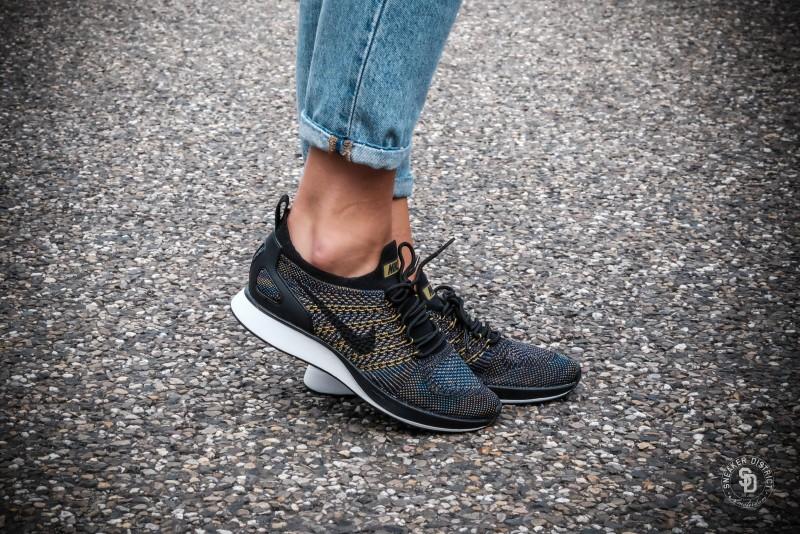 562bc18a3087 Nike Women s Air Zoom Mariah Flyknit Racer Black Summit White-Desert Moss  dames sneakers