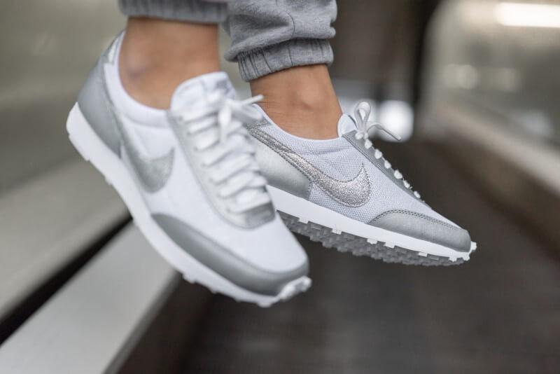 Nike Women's Daybreak White/White-Metallic Silver