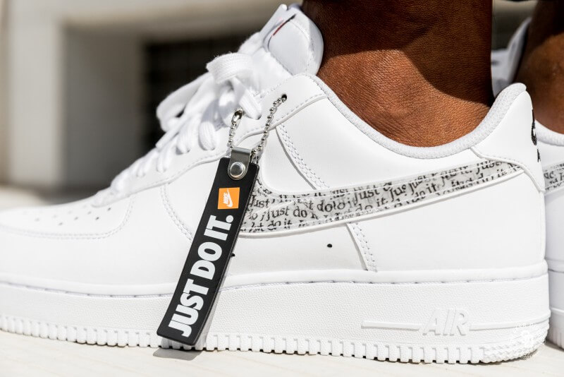 Nike Air Force 1 '07 LV8 Just Do It