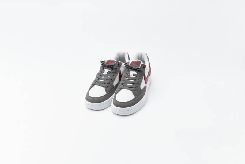 Nike SB Adversary Premium Iron Grey / Team Red - Summit White