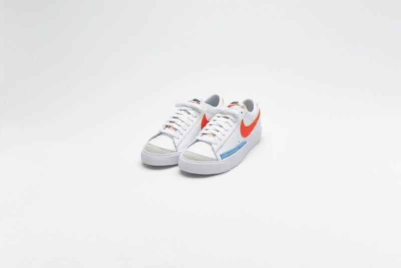 Nike Womens Blazer Low '77 White / Orange - University Gold