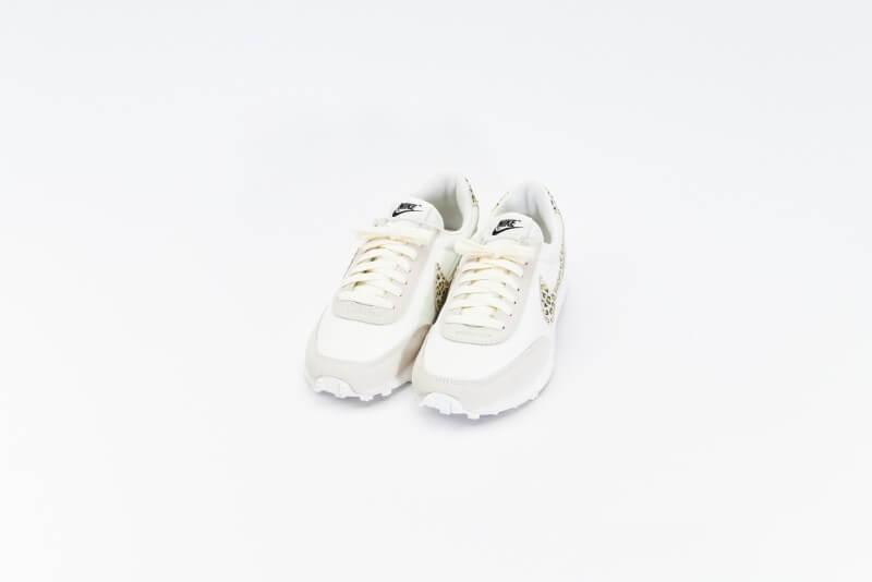 Nike Women's Daybreak SE Leopard Sail / Light Lemon Twist - Black
