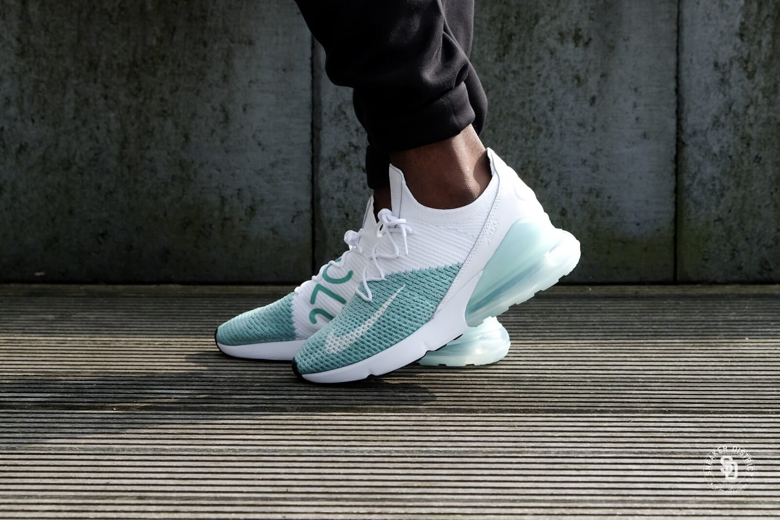 air max 270 flyknit emerald