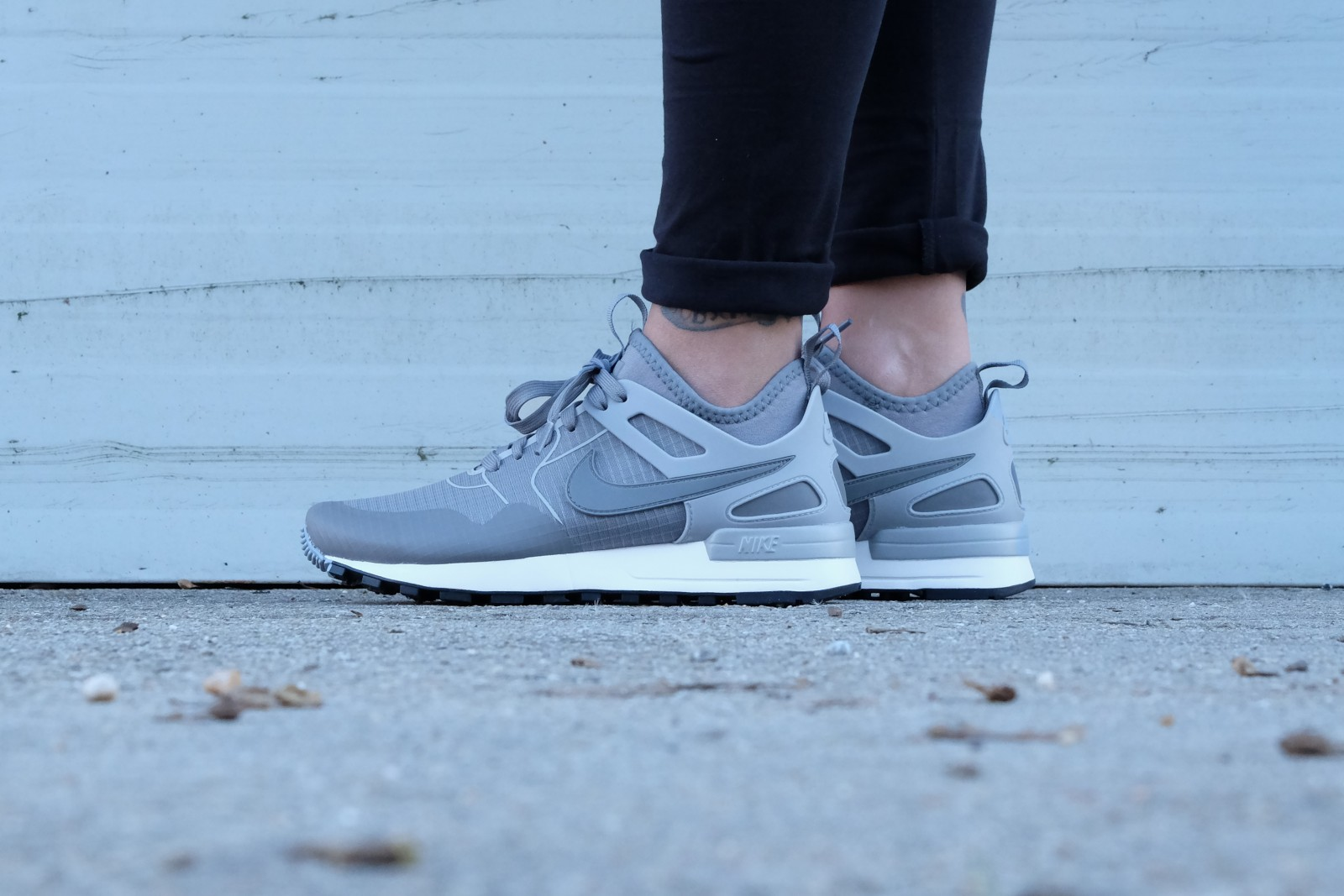 Nike WMNS Air Pegasus 89 Tech Cool GreyCool Grey Summit White 861688 002