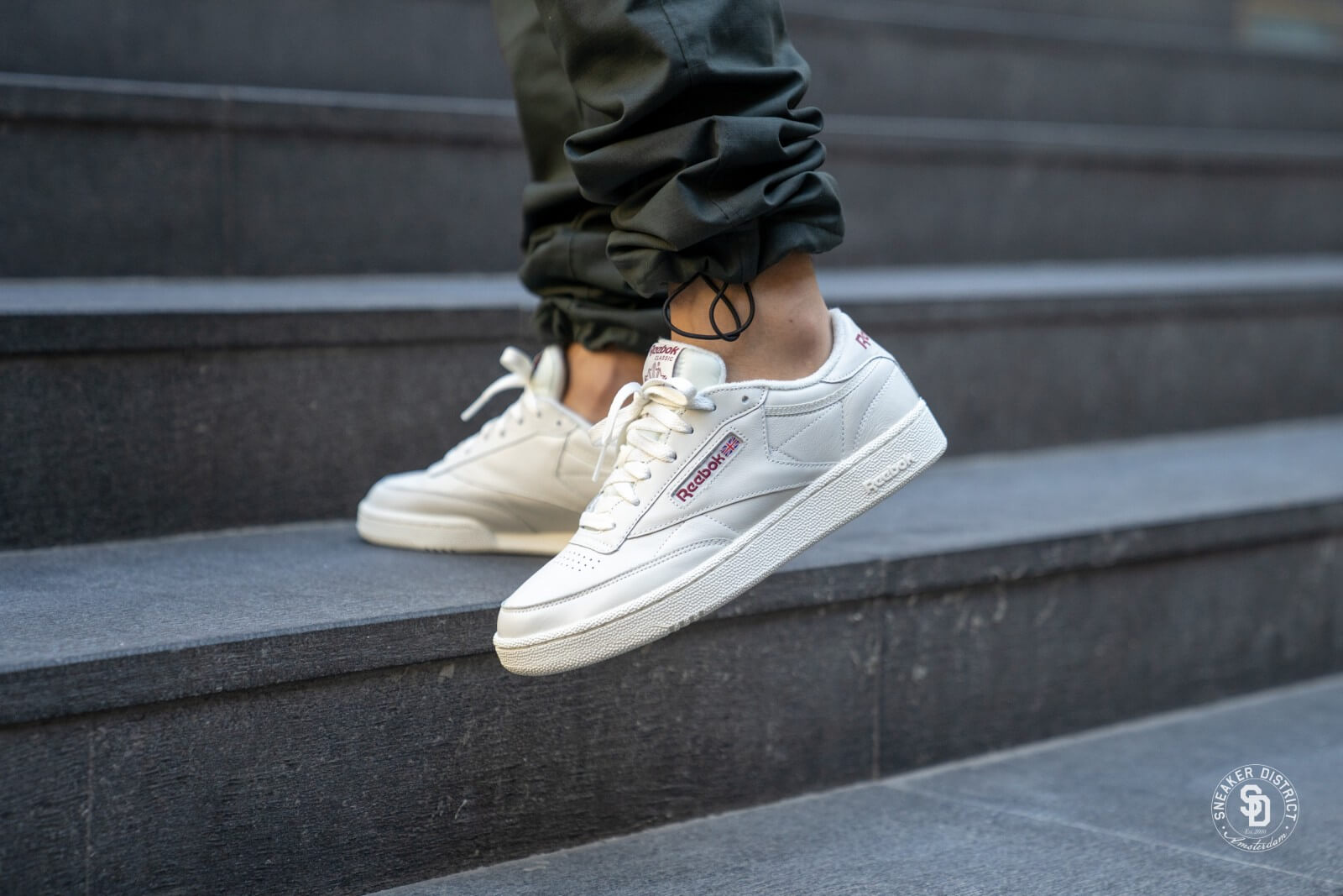 reebok club c 85 chalk