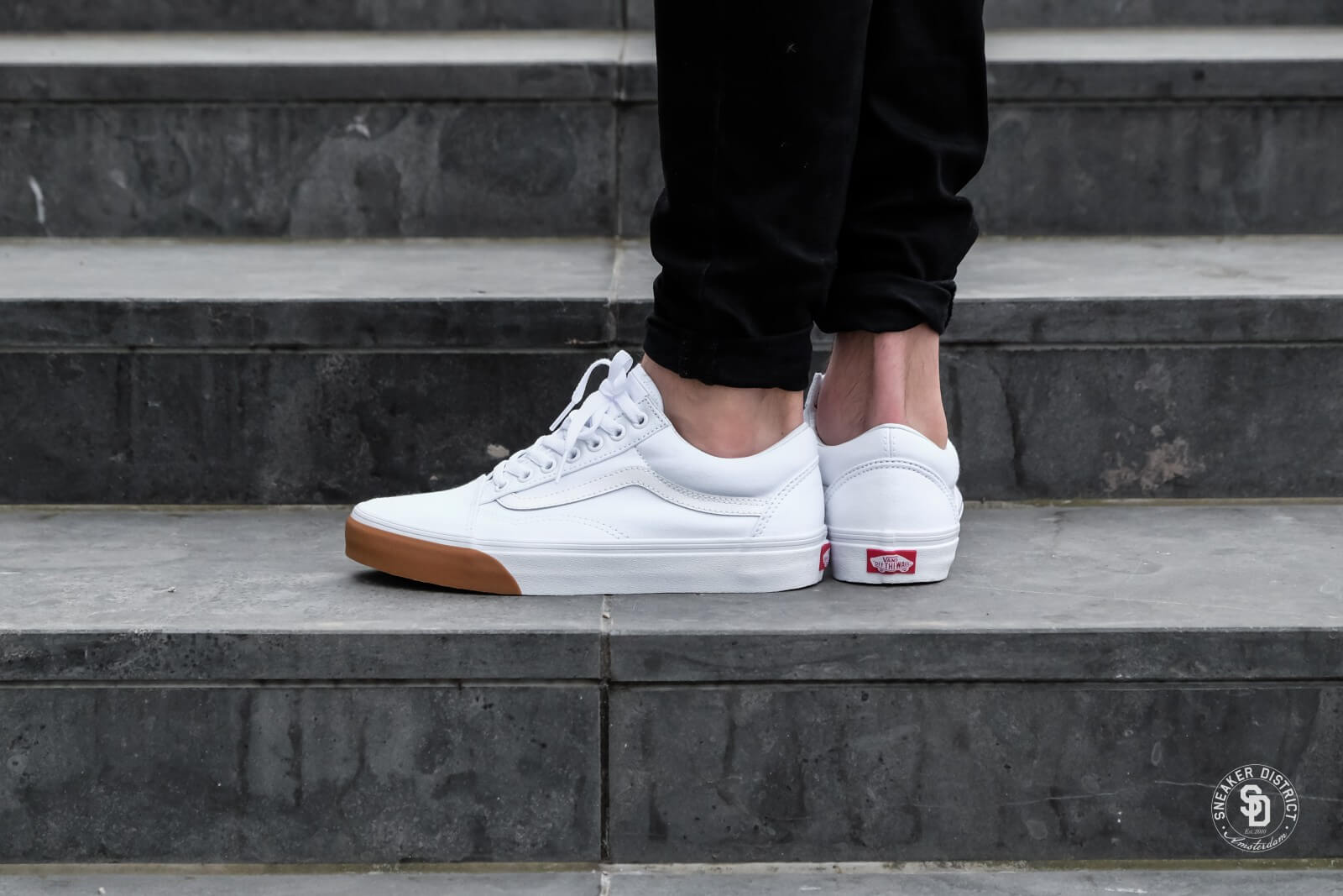 vans old skool gum bumper