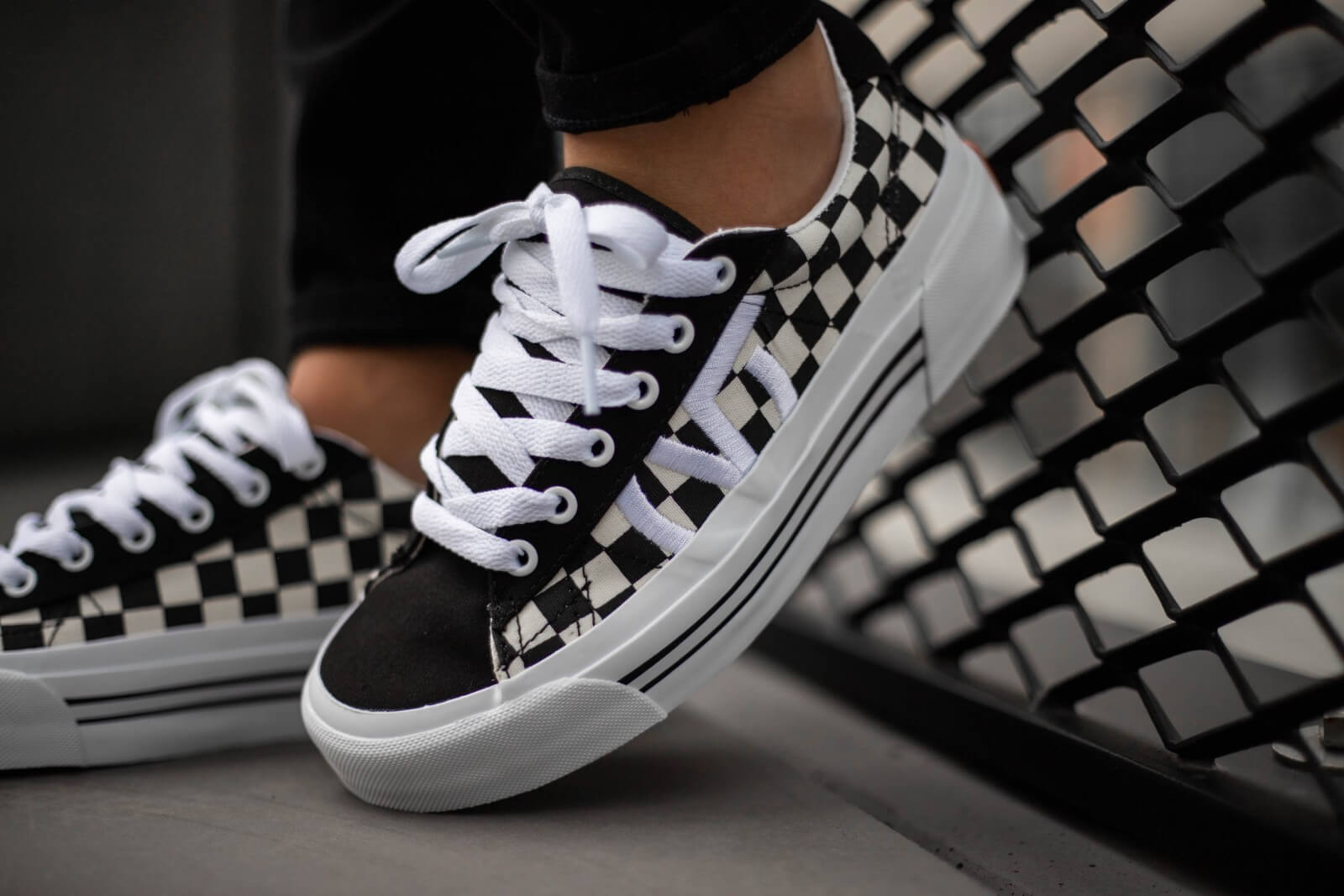 vans checkerboard noir