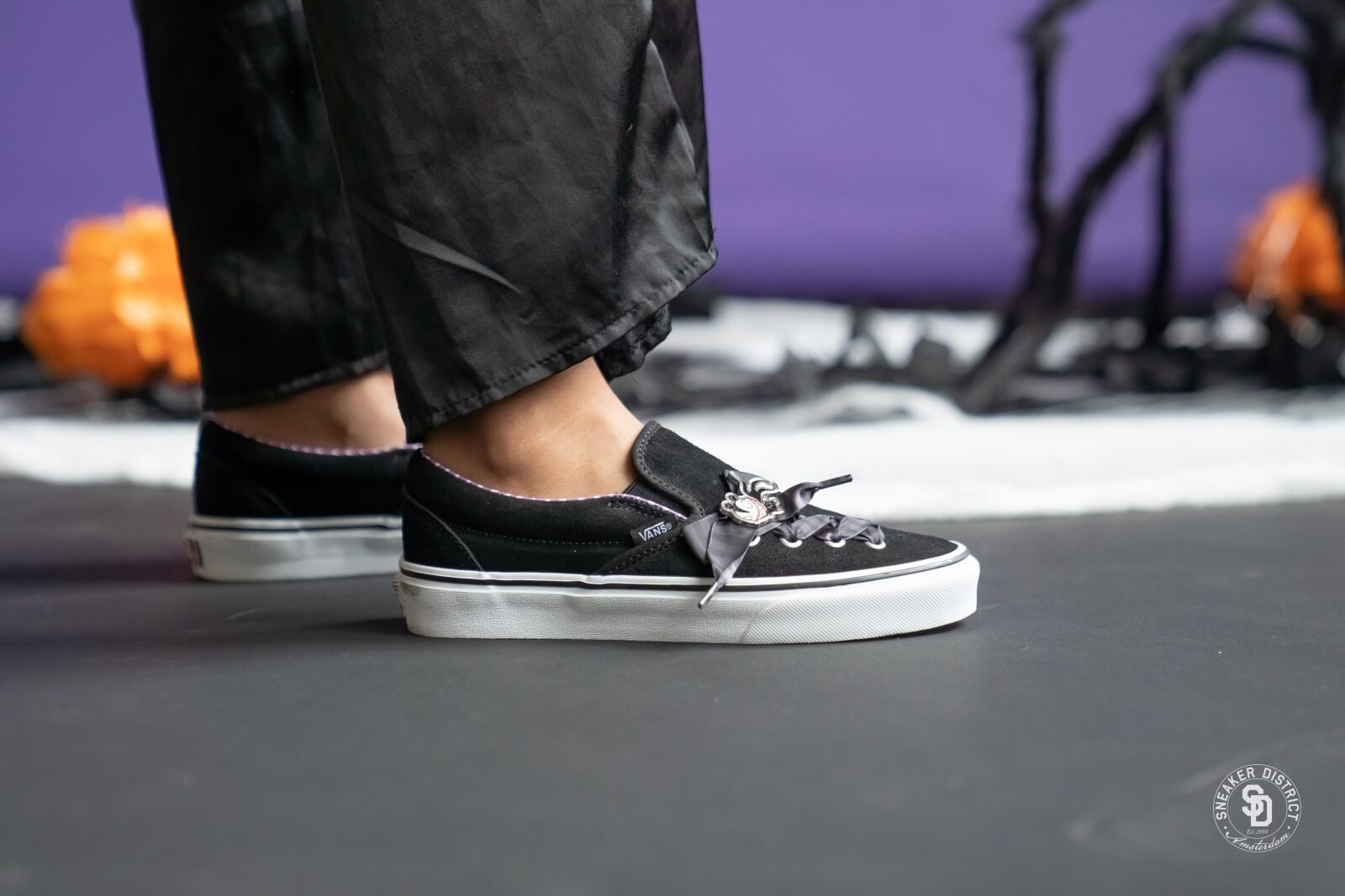 Estado Trampolín Nombre provisional  Vans x The Nightmare Before Christmas Slip-On Lace - VN0A4P3BTC51