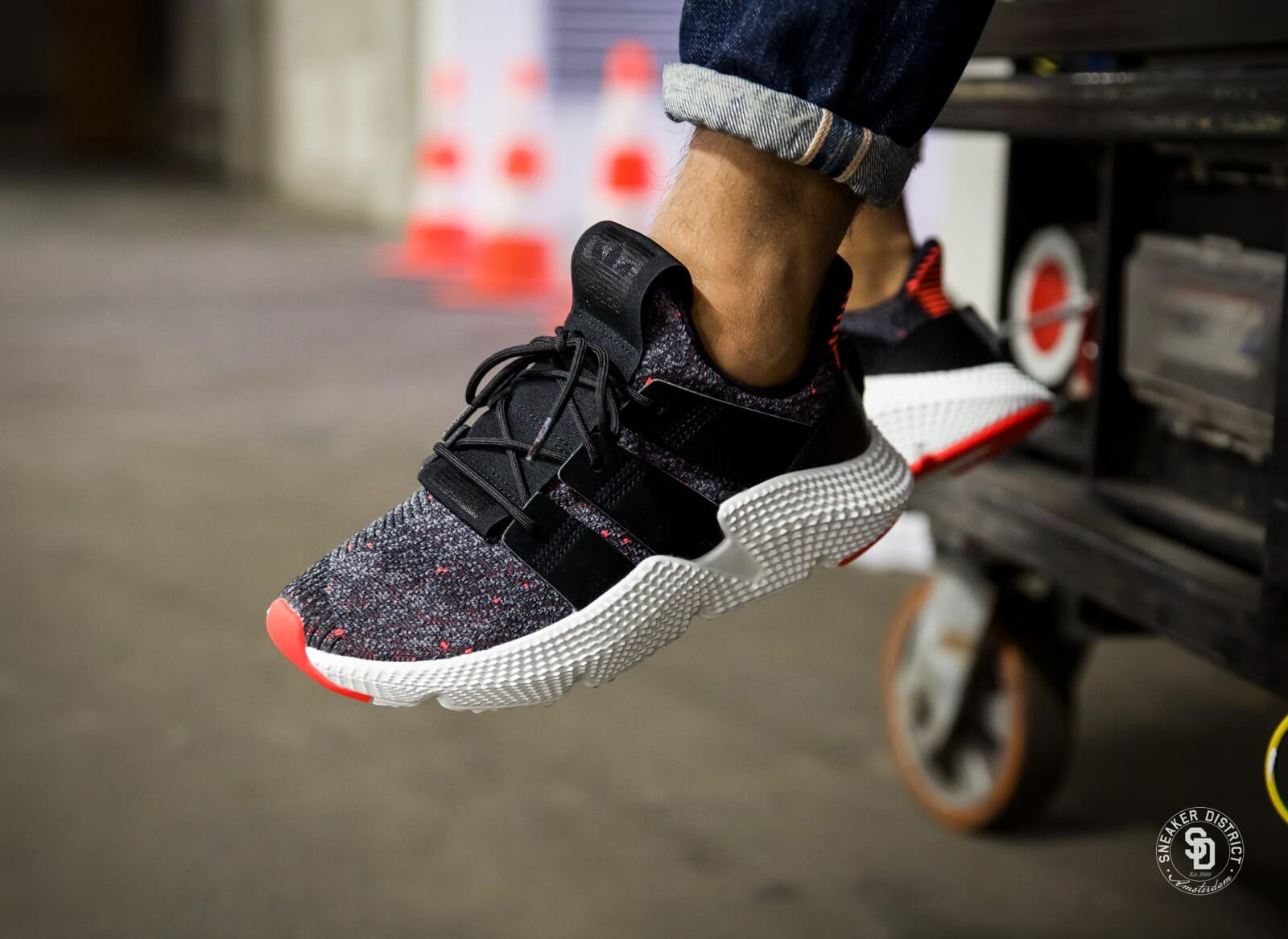 Adidas Prophere Core Black/Solar Red - CQ3022
