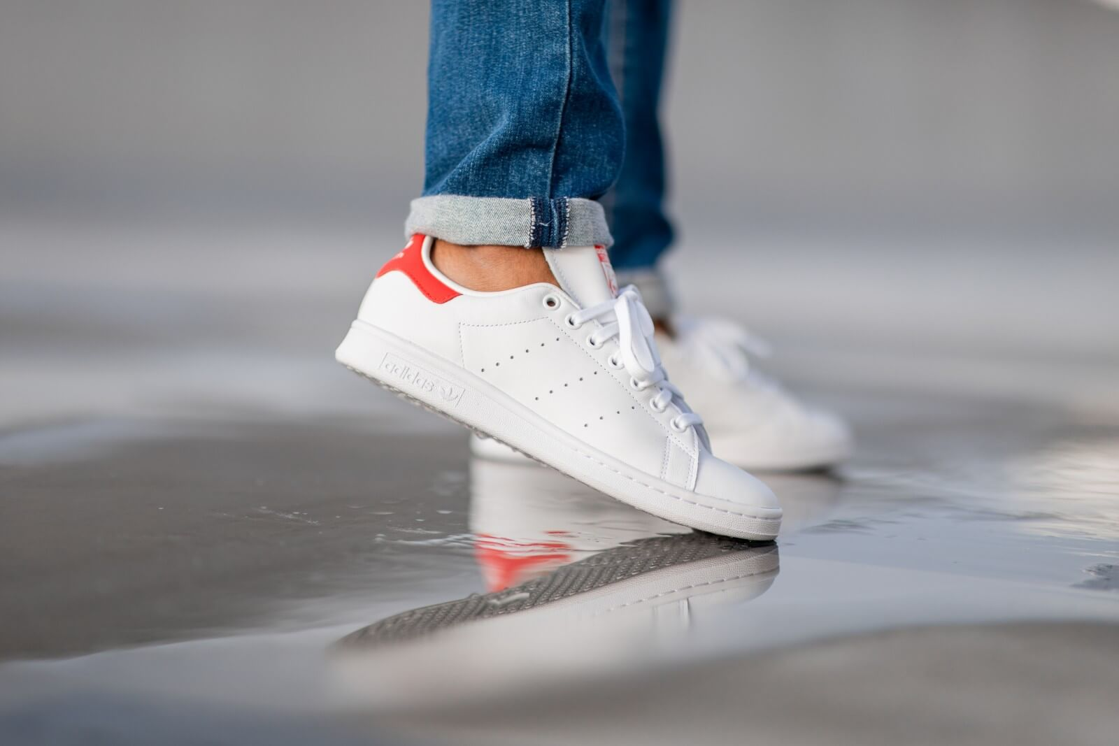adidas smith red