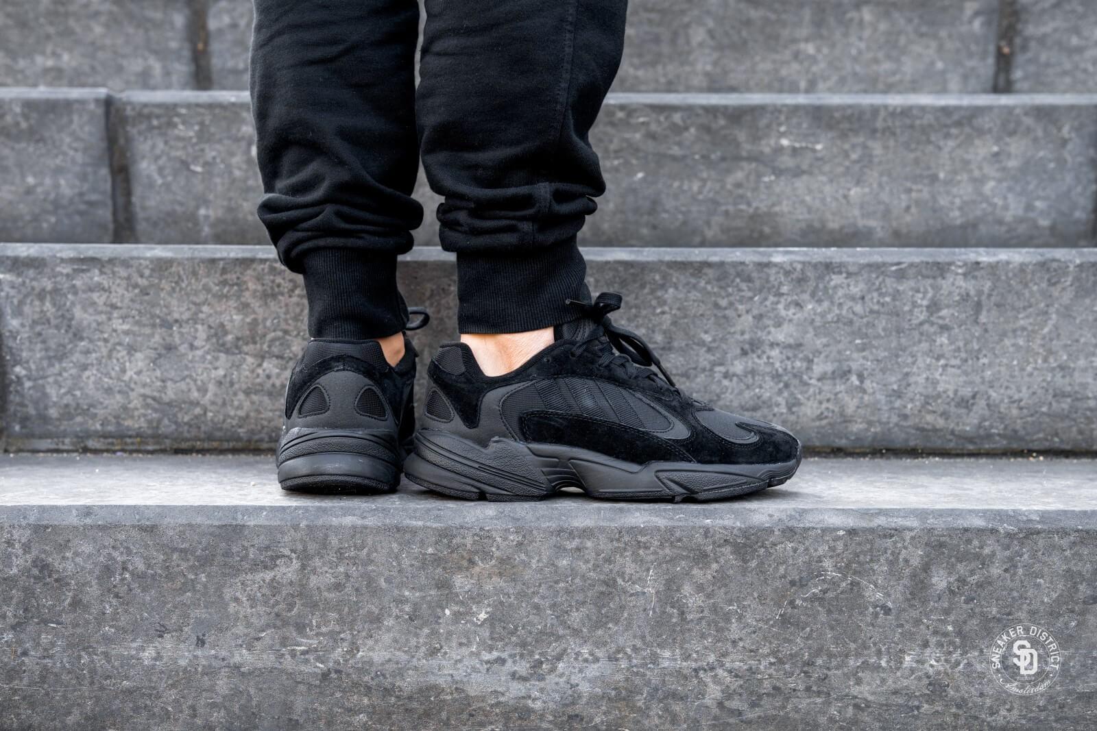 Adidas Yung 1 Core BlackCarbon G27026