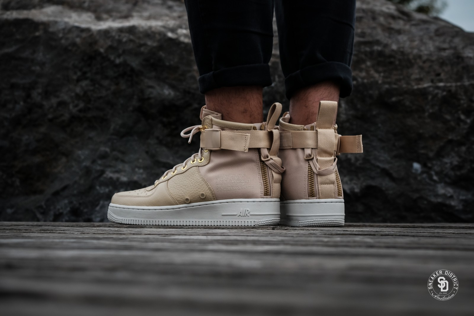 Nike SF Air Force 1 Mid MushroomLight Bone 917753 200