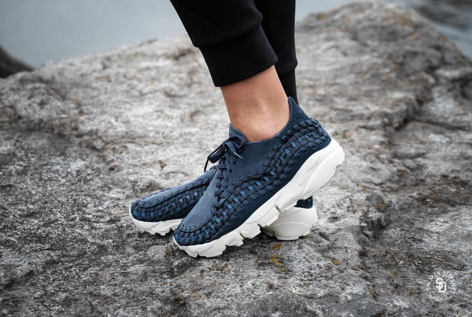 nike women 39 s air footscape woven thunder blue 917698 400. Black Bedroom Furniture Sets. Home Design Ideas