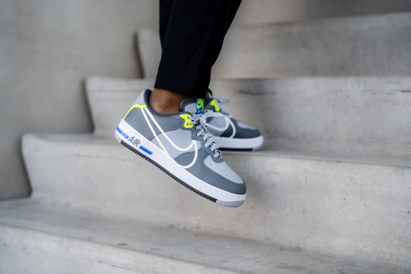 nike air force react 1