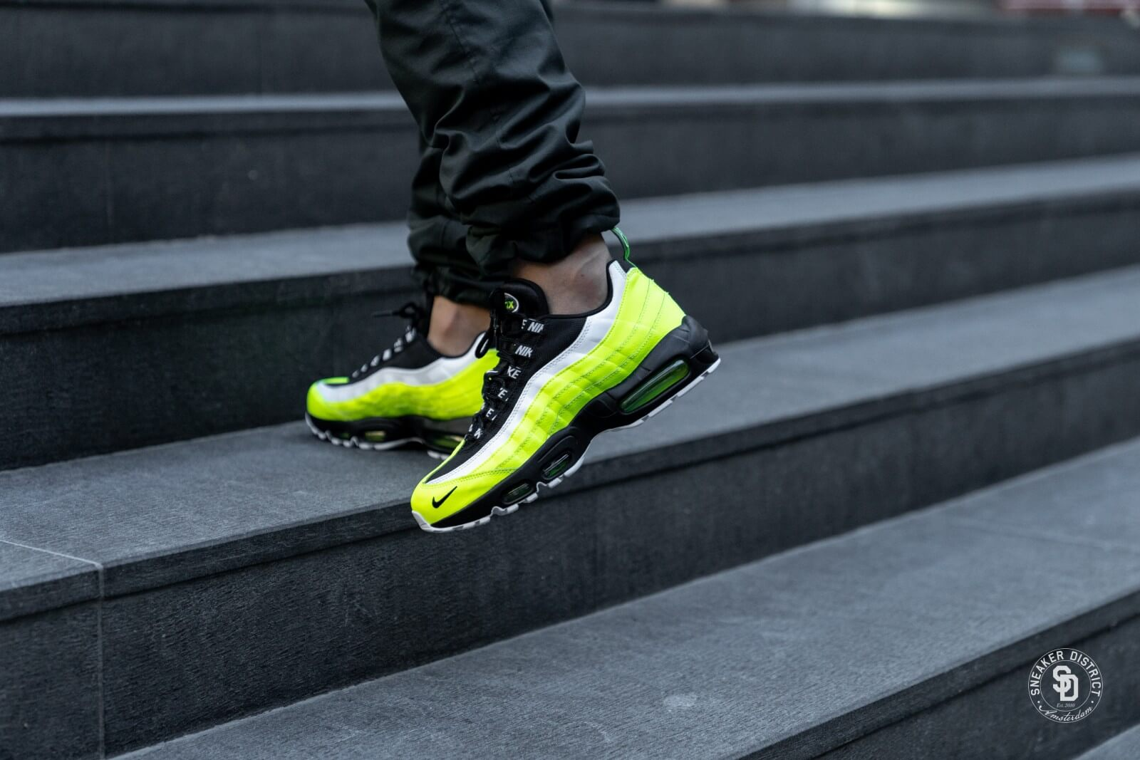 Nike Air Max 95 PRM VoltBlack Volt Sneaker District