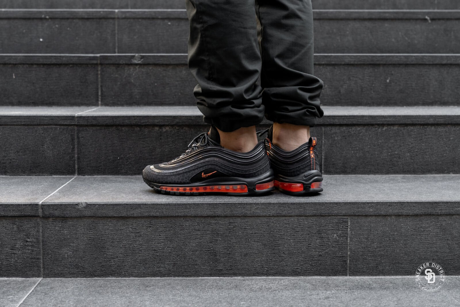 nike air max 97 se reflective off noirtotal orange