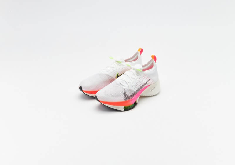 Nike Air Zoom Tempo Next Flyknit White / Black - Washed Coral - Pink Blast