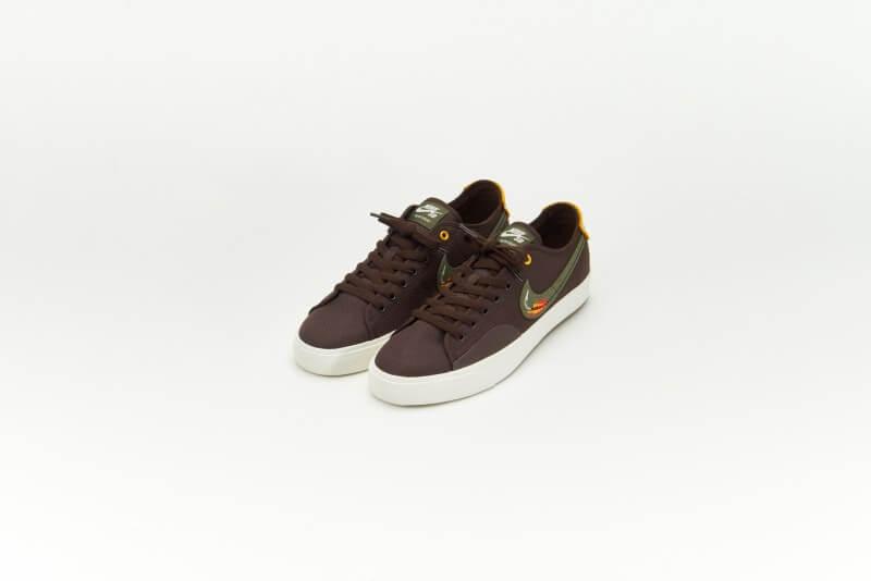 Nike SB x Daan van der Linden Blazer Court Baroque Brown/Medium Olive-Light Bone