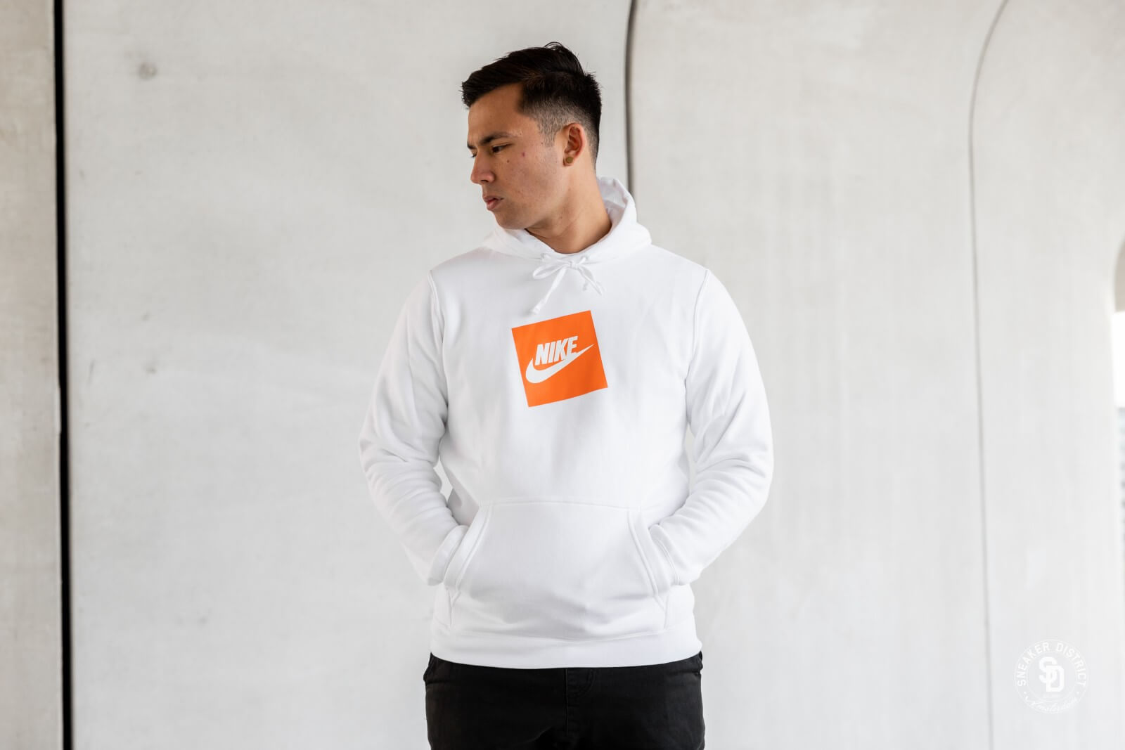 nike hoodie logo