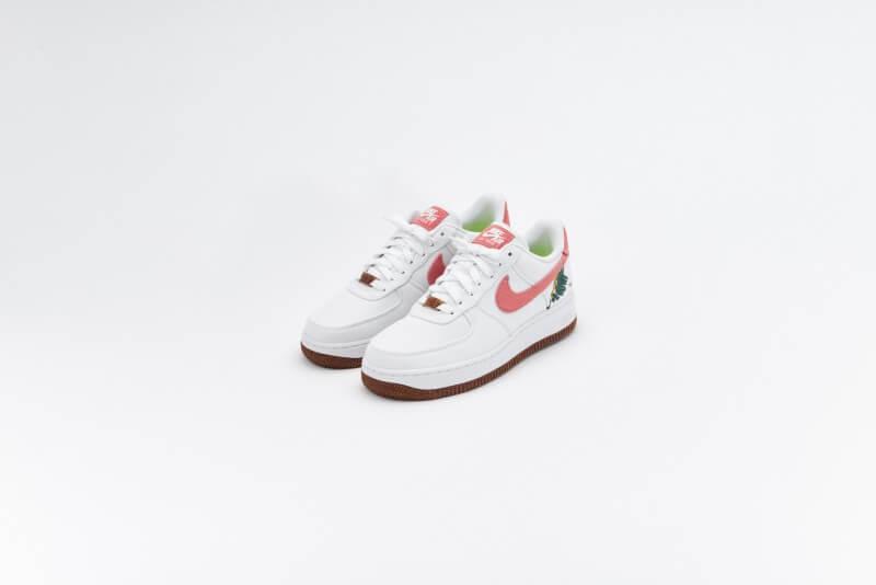 Nike Women's Air Force 1 07 SE White/Light Sienna