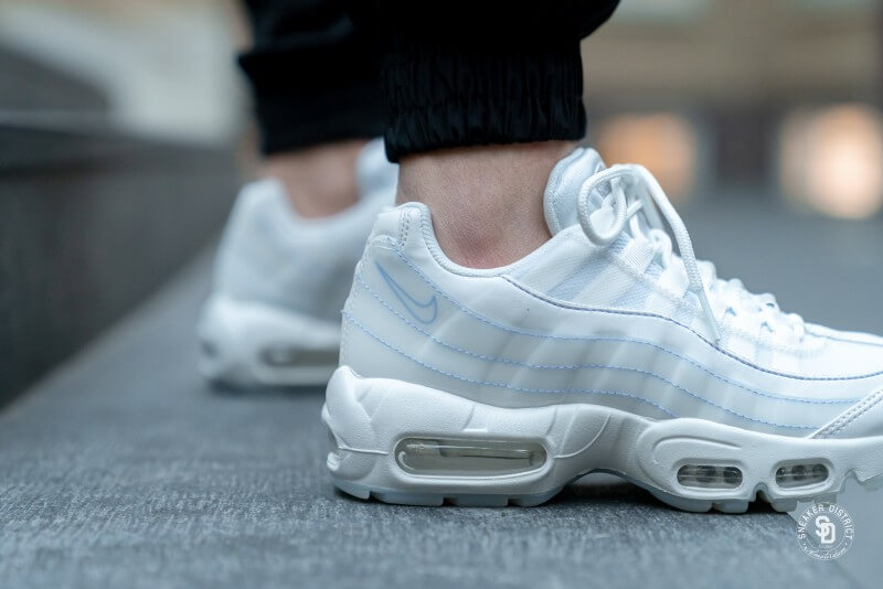 Nike Women S Air Max 95 Se Summit White Summit White 918413 102