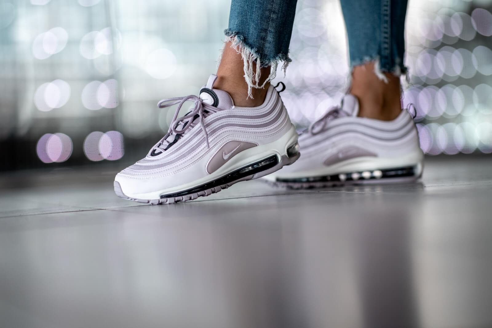 Nike Air Max 97 Pale Pink Violet Ash Black 921733 602