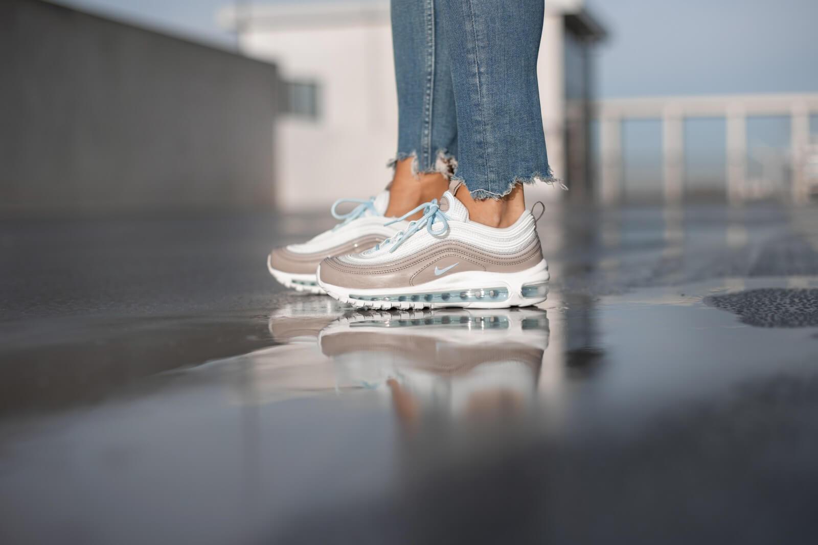 Nike Women S Air Max 97 Spruce Aura Celestine Blue Pumice 921733 018