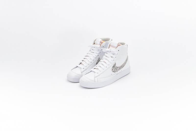 Nike Women's Blazer Mid '77 SE Zebra White/Particle Grey-Summit White