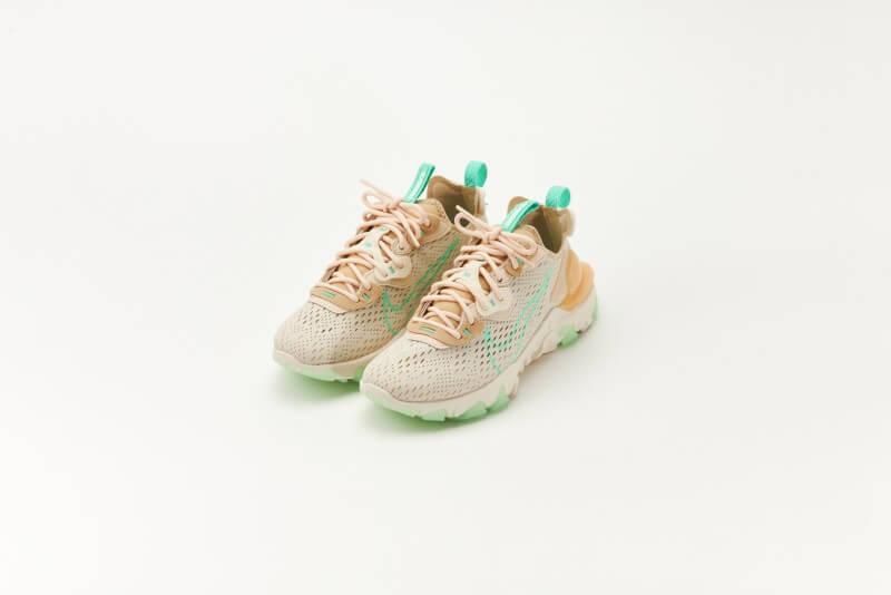 Nike Women's React Vision Pearl White/Green Glow-Sesame