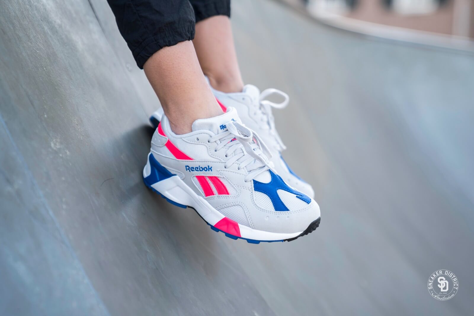 grey and pink reebok - 59% OFF