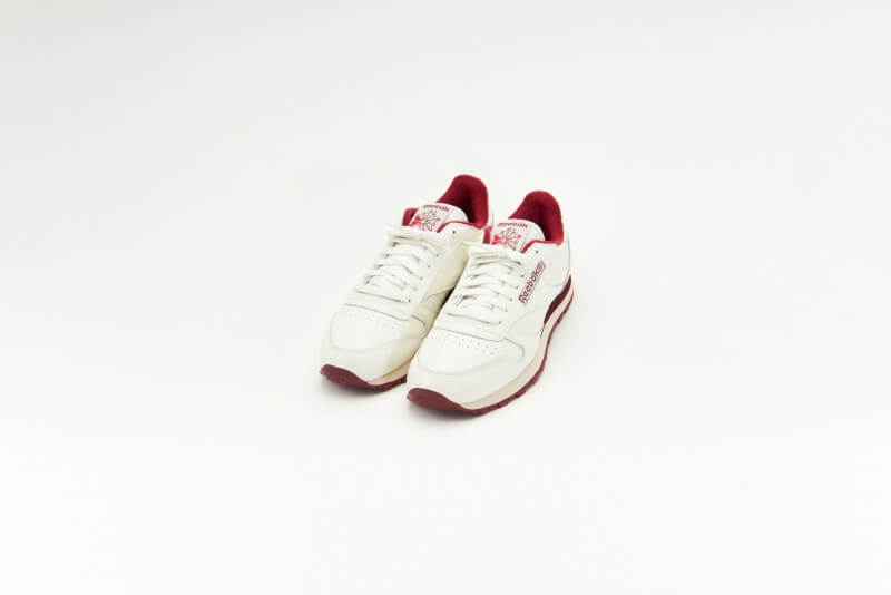 Reebok Classic Leather Chalk/Classic Burgundy-Vector Red