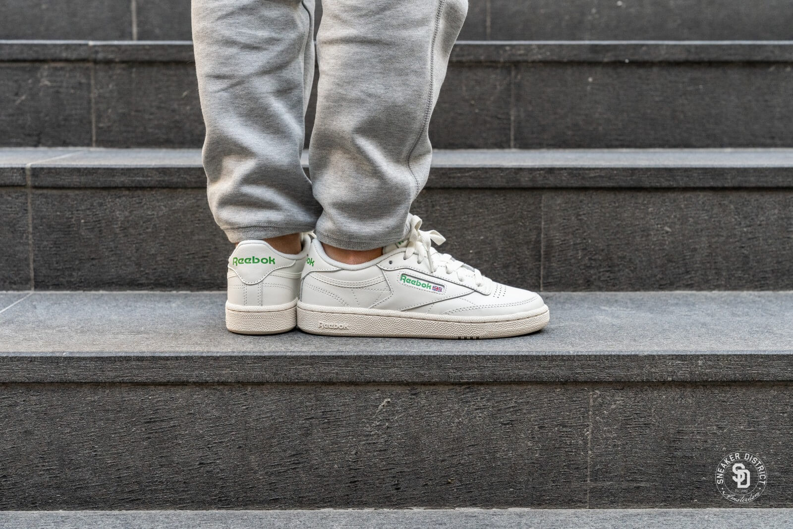 reebok club c 85 vintage chalk green