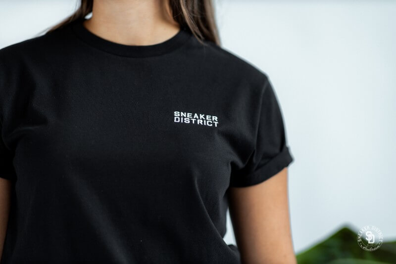 Sneaker District Typo T-Shirt Black/White