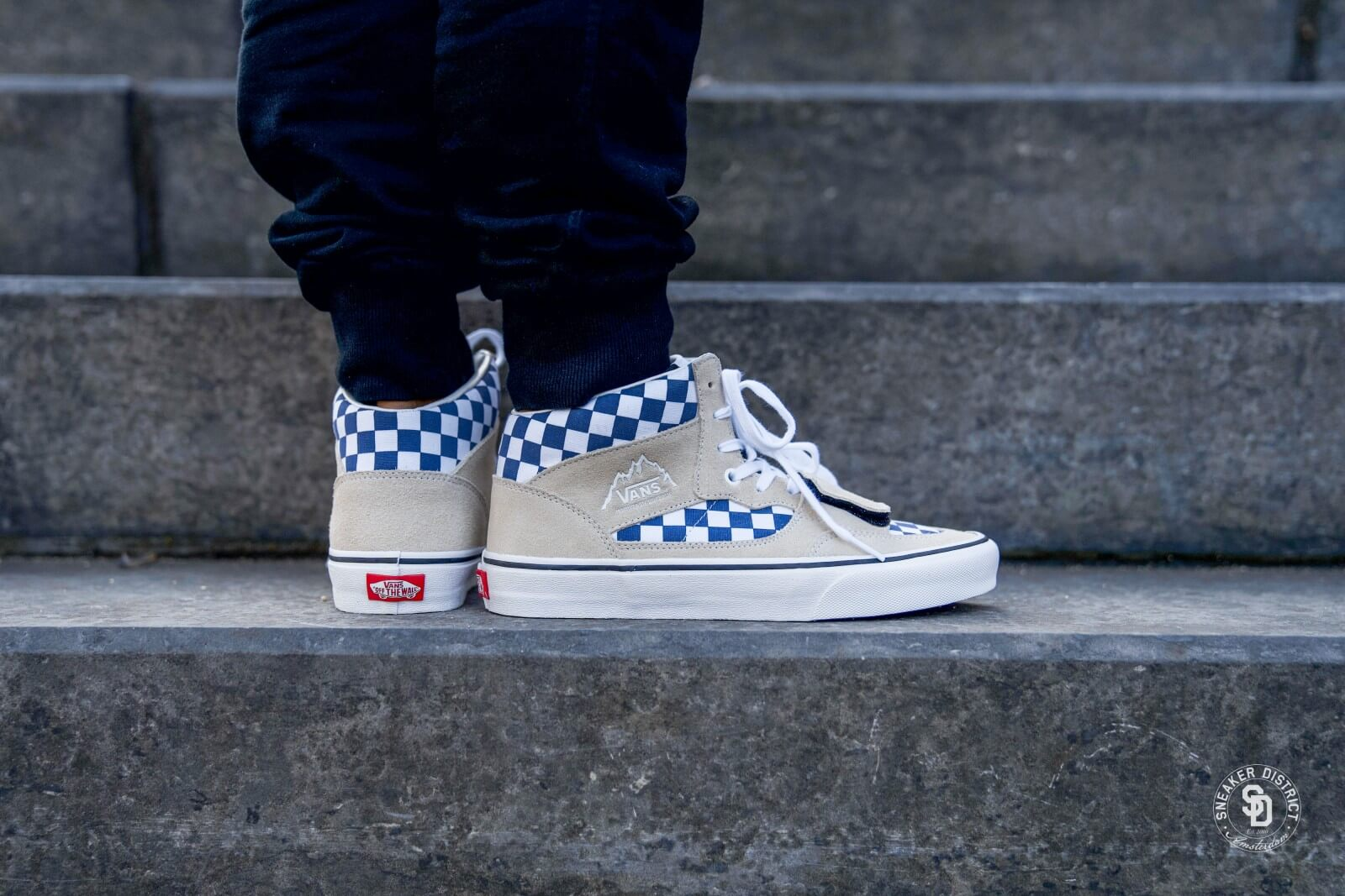 Vans Mountain Edition Checkerboard Turtledove VN0A3TKGU9I1