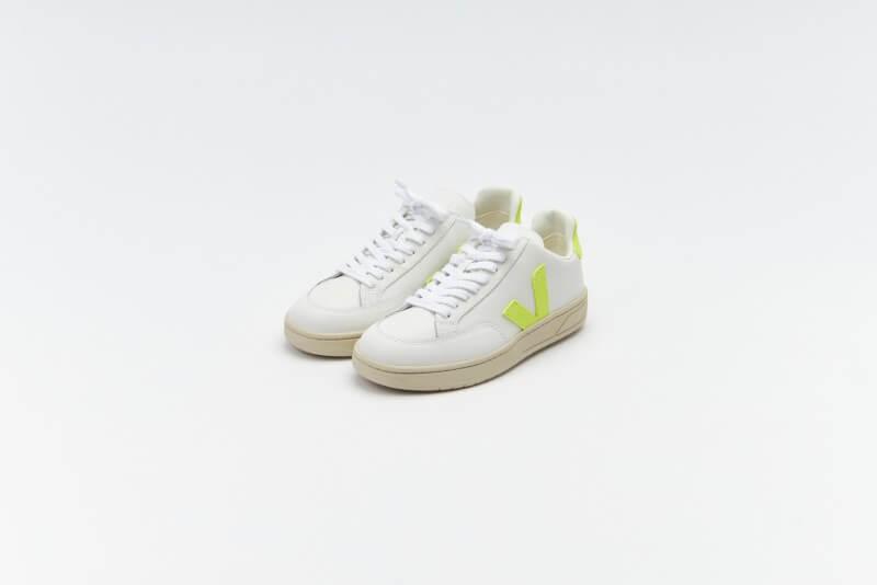 Veja Women's V-12 Leather Extra White / Jaune Fluo