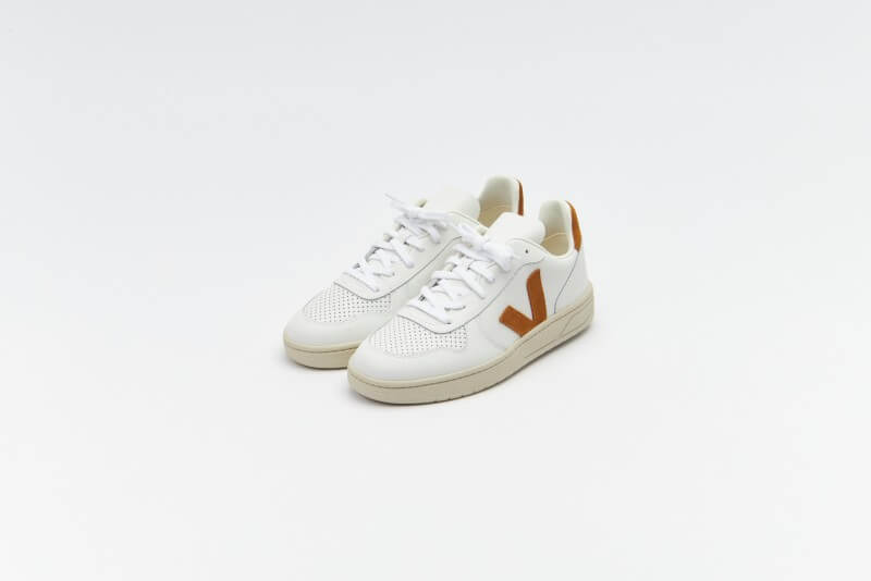 Veja Women's V-10 Leather Extra White / Camel
